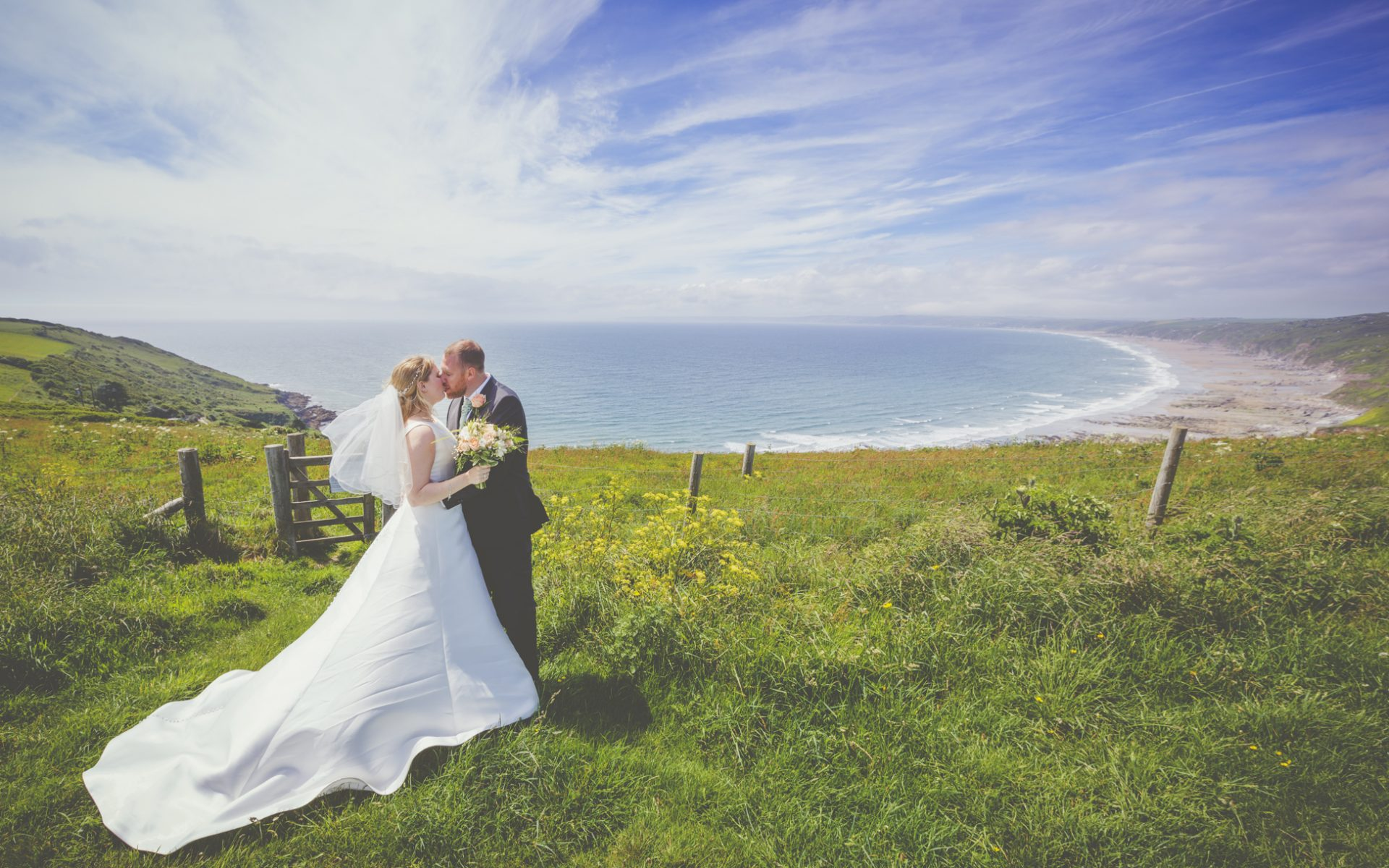 Cornwall wedding photography - Catrin & John